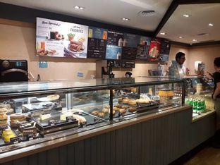 Foto 7 - Interior di Caribou Coffee oleh Deasy Lim