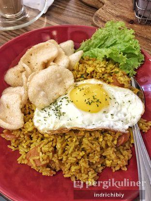 Foto 2 - Makanan(Nasi Goreng Kunyit) di Qubico Coffee oleh Chibiy Chibiy