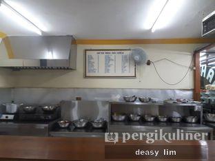 Foto 8 - Interior di RM Sederhana Padang oleh Deasy Lim