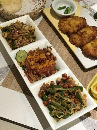 Foto 2 - Makanan(Veggie platter dan bakean jagung udang) di Taliwang Bali oleh Patricia.sari