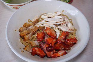 Foto 2 - Makanan di Bakmi Aheng Mangga Besar oleh Yulio Chandra