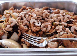 Foto 2 - Makanan di Meradelima Restaurant oleh Marsha Sehan