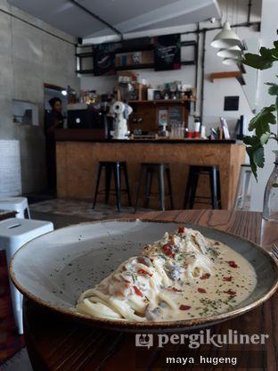 Foto 1 - Makanan(Spagethi al fredo) di Ruang Temu Coffee & Eatery oleh maya hugeng