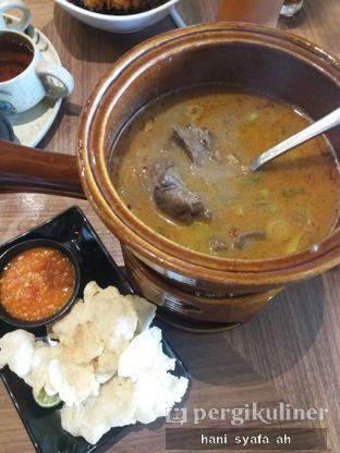 Foto 2 - Makanan(Soto Betawi) di Remboelan oleh Hani Syafa'ah