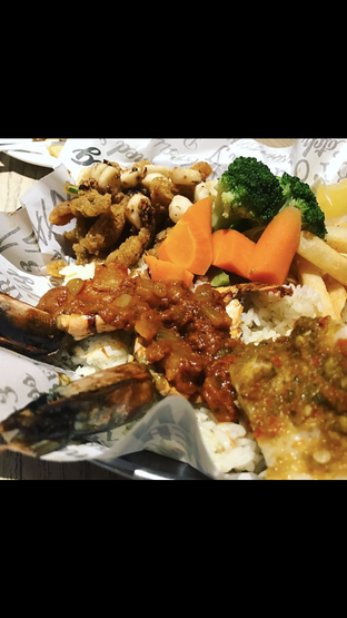 Foto 2 - Makanan di The Manhattan Fish Market oleh Mitha Komala