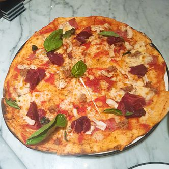 Foto Makanan di Pizza Marzano