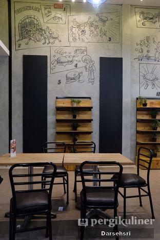 Foto 10 - Interior di Klenger Burger oleh Darsehsri Handayani