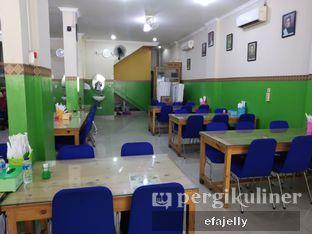 Foto 2 - Interior di RM Pondok Minang Jaya oleh efa yuliwati