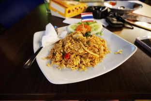 Foto - Makanan di Nasi Goreng Diplomat oleh Sylvia Eugene