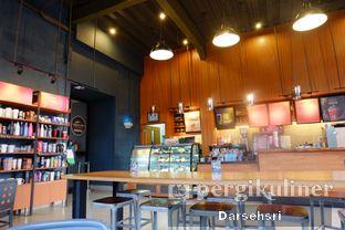 Foto 3 - Interior di Starbucks Coffee oleh Darsehsri Handayani