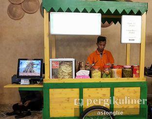 Foto 4 - Eksterior di Rujak Juhi & Asinan Betawi Pak Tata oleh Asiong Lie @makanajadah