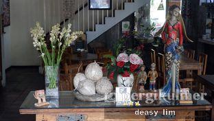 Foto 13 - Interior di Waroeng Kelapa oleh Deasy Lim