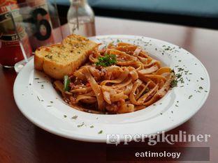 Foto 1 - Makanan di Milan Pizzeria Cafe oleh EATIMOLOGY Rafika & Alfin