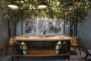 Foto 4 - Interior di The Larder at 55 oleh eatwerks