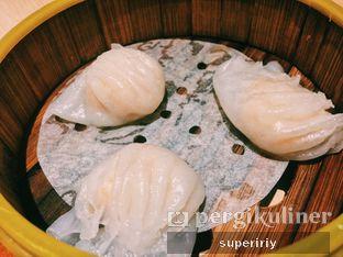 Foto 6 - Makanan(ha kau) di Imperial Kitchen & Dimsum oleh @supeririy