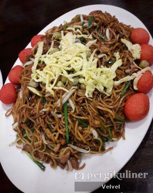 Foto 3 - Makanan(Bakmie Goreng Ulang Tahun) di Angke oleh Velvel