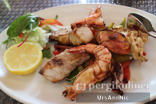 Foto 1 - Makanan(sanitize(image.caption)) di Seafood Terrace - Grand Hyatt oleh UrsAndNic