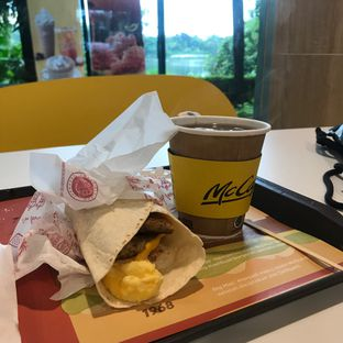 Foto 5 - Makanan di McDonald's oleh Della Ayu