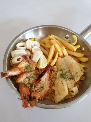 Foto 3 - Makanan di Fish Streat oleh Duolaparr