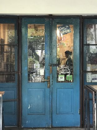 Foto 2 - Eksterior(Pintu biru) di Blue Doors oleh Tsuty