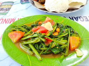 Foto 3 - Makanan di Iwak Pecah oleh abigail lin