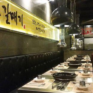 Foto 1 - Interior di Magal Korean BBQ oleh Renni Furi