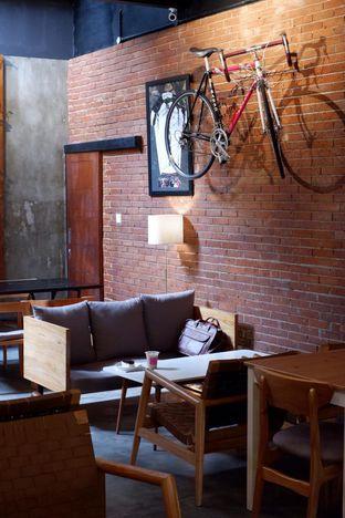 Foto 19 - Interior di Kayuh Clubhouse oleh yudistira ishak abrar