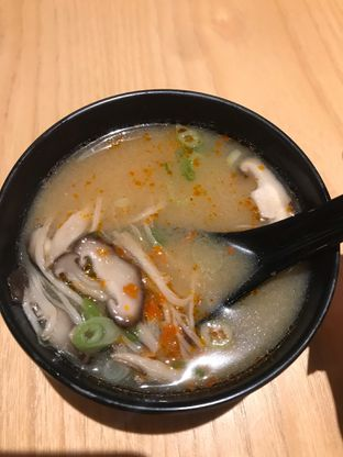 Foto 1 - Makanan(Mushroom Miso Soup) di Tokyo Belly oleh snooshi