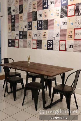 Foto 6 - Interior di Saksama Coffee oleh Sillyoldbear.id