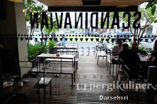 Foto 4 - Interior di Scandinavian Coffee Shop oleh Darsehsri Handayani
