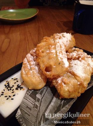 Foto 7 - Makanan(fried banana) di NamNam Noodle Bar oleh Monica Sales