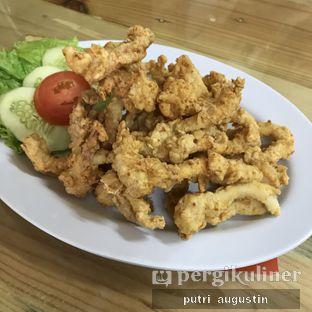Foto 2 - Makanan(Cumi Goreng Tepung) di Stupid Crab oleh Putri Augustin