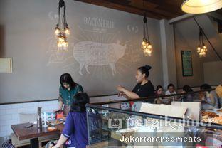Foto 9 - Interior di Baconerie oleh Jakartarandomeats