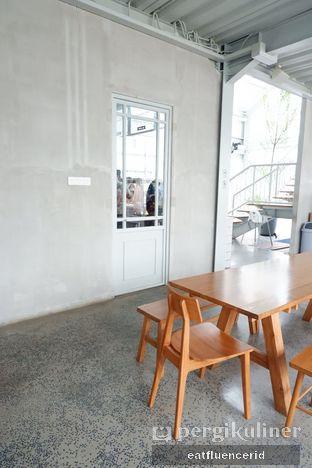 Foto 2 - Interior di Warung Nako oleh Illya Adista