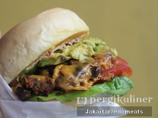 Foto 2 - Makanan di Goods Burger oleh Jakartarandomeats