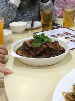 Foto 3 - Makanan(Babi Hong) di Angke oleh Elvira Sutanto