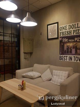 Foto 3 - Interior di Pizza Place oleh Ladyonaf @placetogoandeat