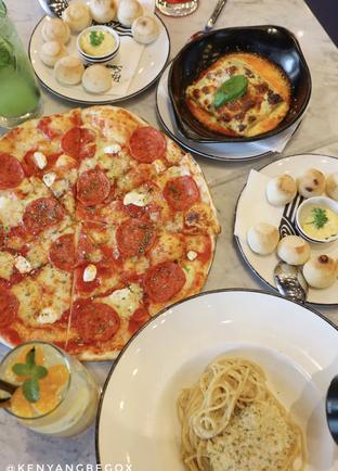 Foto review Pizza Marzano oleh @kenyangbegox (vionna) 2