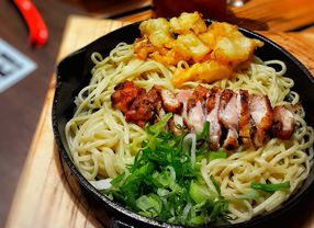 9 Tempat Makan di Pakuwon Mall Surabaya Terfavorit