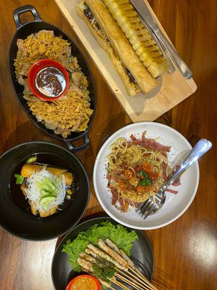 Foto review D'leens Cafe & Resto oleh Yohanacandra (@kulinerkapandiet) 6
