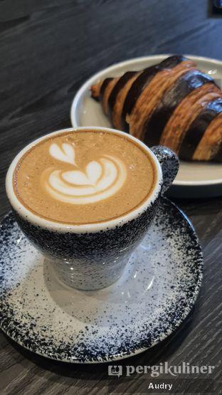 Foto 8 - Makanan(Cappuccino) di Soth.Ta Coffee oleh Audry Arifin @makanbarengodri