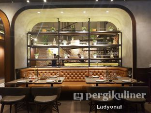 Foto 7 - Interior di Ambiente Ristorante - Hotel Aryaduta Jakarta oleh Ladyonaf @placetogoandeat