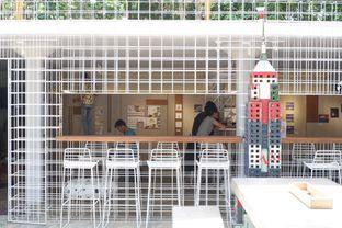 Foto 8 - Interior di Artwork Coffee Space oleh yudistira ishak abrar