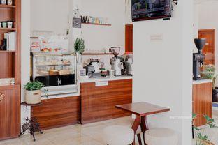 Foto 15 - Interior di Caffeine Suite oleh Indra Mulia