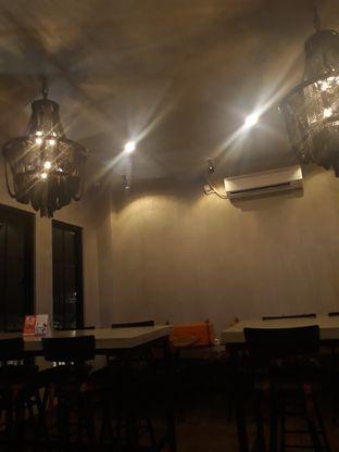 Foto 1 - Interior di Burns Cafe oleh Mouthgasm.jkt