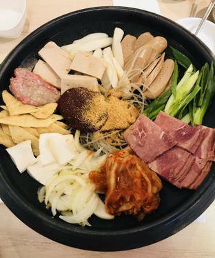 Foto 1 - Makanan(Sebelum Disiram Oleh Kuah) di Seorae oleh Levina JV (IG : levina_eat )
