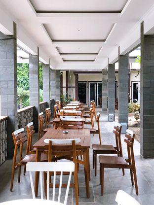 Foto 12 - Interior di Divani's Boulangerie & Cafe oleh yudistira ishak abrar