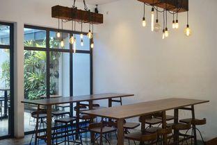Foto 19 - Interior di SRSLY Coffee oleh yudistira ishak abrar