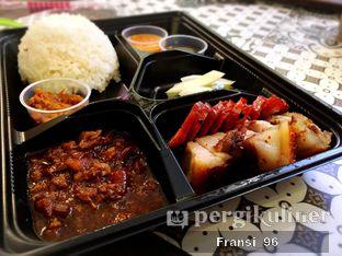 Foto 3 - Makanan di May Star Babi Emas Panggang oleh Fransiscus