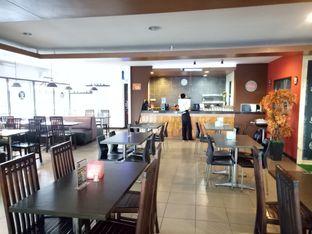 Foto 3 - Interior di RAY'S Steak & Grill oleh Namira